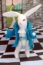 """Arte hecho a mano muñeca de fantasía Conejo """"Alicia en el país de las maravillas"""" tema clave Reloj OOAK"""