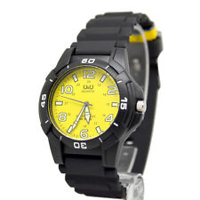 Q&Q by Citizen Men's Sports Watch Yellow Dial  Diving Watch  MARKERS GLOWS