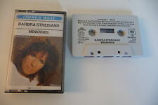 BARBRA STREISAND K7 AUDIO TAPE CASSETTE. MEMORIES. BOITIER FENDU 4CM AU RECTO.