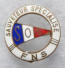 BOU052 - INSIGNE BOUTONNIERE - SAUVETEUR SPECIALISE F. N. S.  S. O. S.