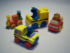 Vintage Lot Of Sesame Street Big Bird & Cookie Monster School Bus Toy Figurines