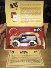 WIX Filters 1939 Chevrolet Canopy Panel and Era Oil Filter Bank NIB