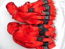 50 X Cordón Rojo con Hebilla de liberación de plástico y clip de disparador de metal para tarjeta de identificación