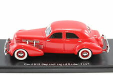 Cord 812 Supercharged Sedan 1937 rot 1:43 Resin 1:43 NEO 45740