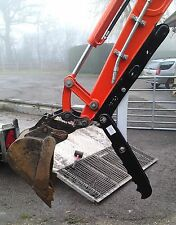 360 midi digger, thumb grab, grapple for excavators 2.5 - 3t inc vat and post