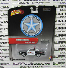 2011 Johnny Lightning 1/64 2.0 1983 OLDSMOBILE CUTLASS HURST OLDS Police Heat