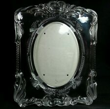 Heavy Glass Picture Frame for Oval Picture With Etched Design