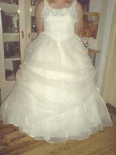 Brautkleid in crem Gr 46/48/50 mit Zubehör ,ohne Inhalt ,der ist ja da