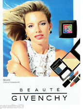 PUBLICITE ADVERTISING  016  1993  GIVENCHY  maquillage rouge lèvres blush