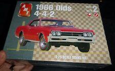 AMT 1966 OLDS OLDSMOBILE 442 HARDTOP 1/25 Model Car Mountain KIT FS