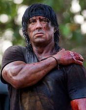 Sylvester Stallone UNSIGNED photo - P2812 - Rambo