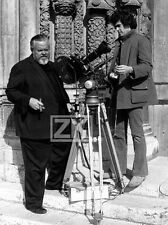 ORSON WELLES Tournage TV Camera Cigare Photo 1973