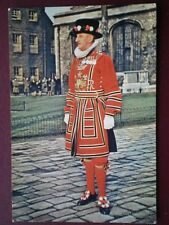POSTCARD TOWER OF LONDON WARDER - BEEFEATER