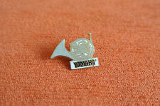 17889 PIN'S PINS MUSIQUE MUSIC YAMAHA COR INSTRUMENT WIND  - TRUMPET SAXOPHONE