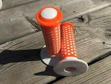 OLD SCHOOL BMX GRIPS MADE IN TAIWAN FUAN OAKLEY GRIPS KNOCK OFF NOS OLDSCHOOL