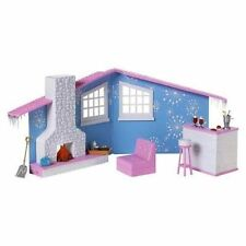 Bratz Snow Kissed Winter Lodge Doll House Furniture Playset
