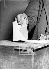 ELECTION Vote Urne Bulletin Electeur Assemblée Nationale France Photo 1958