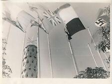 PARIS c. 1937 - Exposition Drapeaux La Colonne de la Paix   - DIV 8195