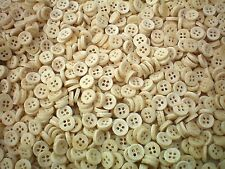 50 x 10mm Wood Effect Natural Cream 4H Buttons Shirt Craft Baby Buttons B5T&D