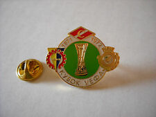 a VITORIA SETUBAL SPARTAK MOSCOW KOSICE cup uefa europa league 1972 football pin