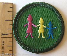 Retired Girl Scout Junior ACROSS GENERATIONS BADGE Family Traditions Patch NEW