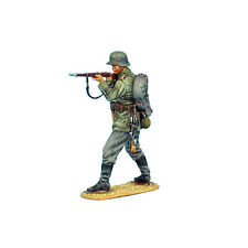 First Legion: GW002 German Standing Firing - 62nd Infantry Regt