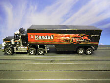 AUTO WORLD ~ Peterbilt V. Gaines Kendall Racing Rig ~ RUNS ON AFX, AW, JL