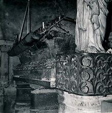 POITIERS c. 1960 - Tombeau Sainte Radegonde Vienne - Div 3686