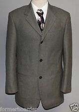 New DONNA KARAN 38R Silk and Wool Gray Pattern 3 Button Sport Coat Made in Italy