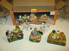 3 pc Porcelain Halloween Lighted Tractor Set, complete (GS18)