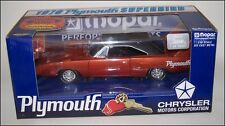 ERTL 1/18 DEEP BURNT ORANGE 1970 PLYMOUTH SUPERBIRD with MOPAR TOOL BOX