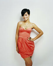 Rihanna UNSIGNED photo - G803 - BEAUTIFUL!!!!!