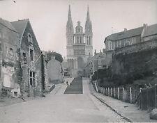 ANGERS c.1900-20 - Escaliers Église St Maurice Maisons Maine et Loire - DIV 6915