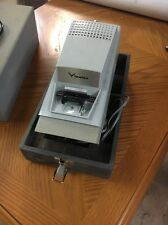 viewlex slide projector, V8, Made In N.Y. Vintage Working, With Case
