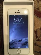 New Apple iPhone 5s - 16GB - Silver (Factory Unlocked) Smartphone