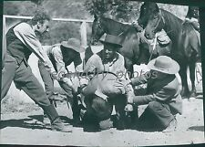 1957 True Story of Jesse James Original Press Photo Hope Lange Robert Wagner