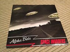 "ALPHA BETA - SPACE INVADER 7"" SINGLE UK SYNTH POP MAGNET 79'"