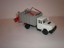 1/43 Russian garbage truck MKZ-ZIL 4331