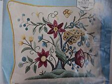Elsa William Embroidery Completed Kit Pillow Top Cover Belgian Linen Crewel Yarn