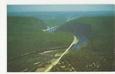 USA, Airview of Delaware Water Gap Old Postcard, A815