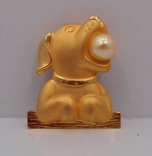 VINTAGE JJ SIGNED GOLD TONE DOG W/ FAUX PEARL BALL IN MOUTH PIN BROOCH
