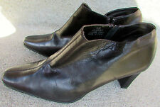 "JOHN DAVID ""Knockout"" Black Soft Leather Zip High Heel Booties 8.5M EUC"