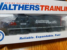 Walthers Trainline HO #931-142 Southern Pacific (GP9M Locomotive) Rd #3886