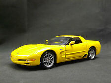 Maisto 1:24 Chevrolet Corvette 2002 GIALLO REPLICA Muscle Car DA COLLEZIONE