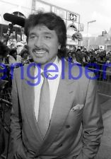 ENGELBERT HUMPERDINCK #14,STUDIO PHOTO,closeup,GETTING STAR,WALK OF FAME
