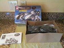 Vtg BATMAN BATMOBILE -ERTL-1/25 Scale Model Kit #6877 DC COMICS-1989 Made in USA