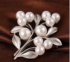 Brosche Perlen Anstecknadel Button Anstecker silber Ast Blumen Weihnachten Blatt