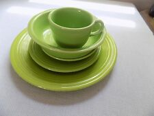 FIESTA WARE CHARTREUSE 5 PIECE PLACE  SETTING NEW