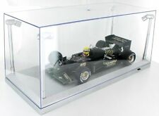 Showcase 1:18 Scale With 4 Internal LED Light Pods Silver Base