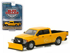 2014 DODGE RAM 1500 CONSTRUCTION SNOW PLOW SALT SPREADER 1/64 GREENLIGHT 35040 D